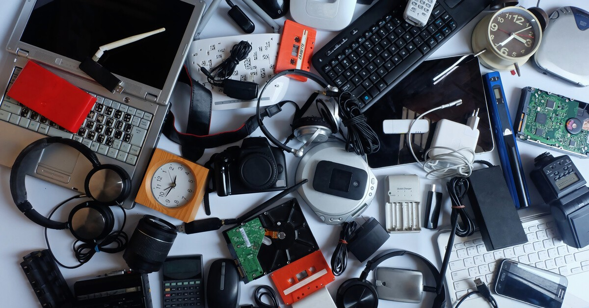 1549467862-recycling-old-electronics.jpg